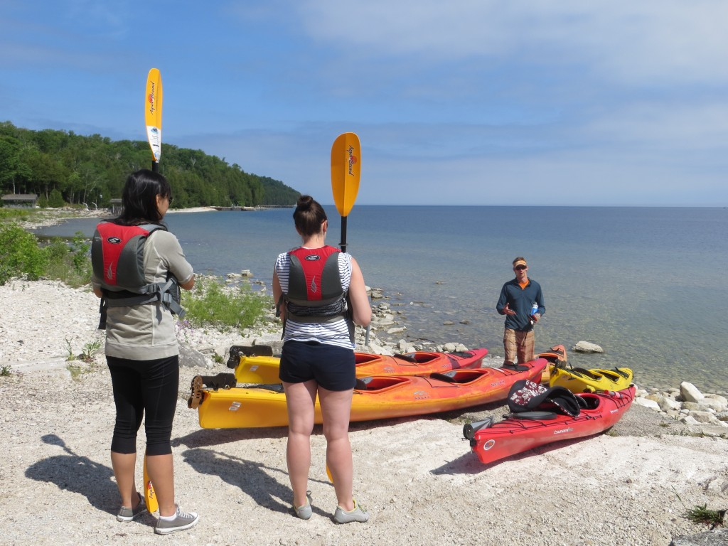 Kayaking out of Garrett Bay on the northern tip of Door Peninsula. (Photo: M. Kopp)