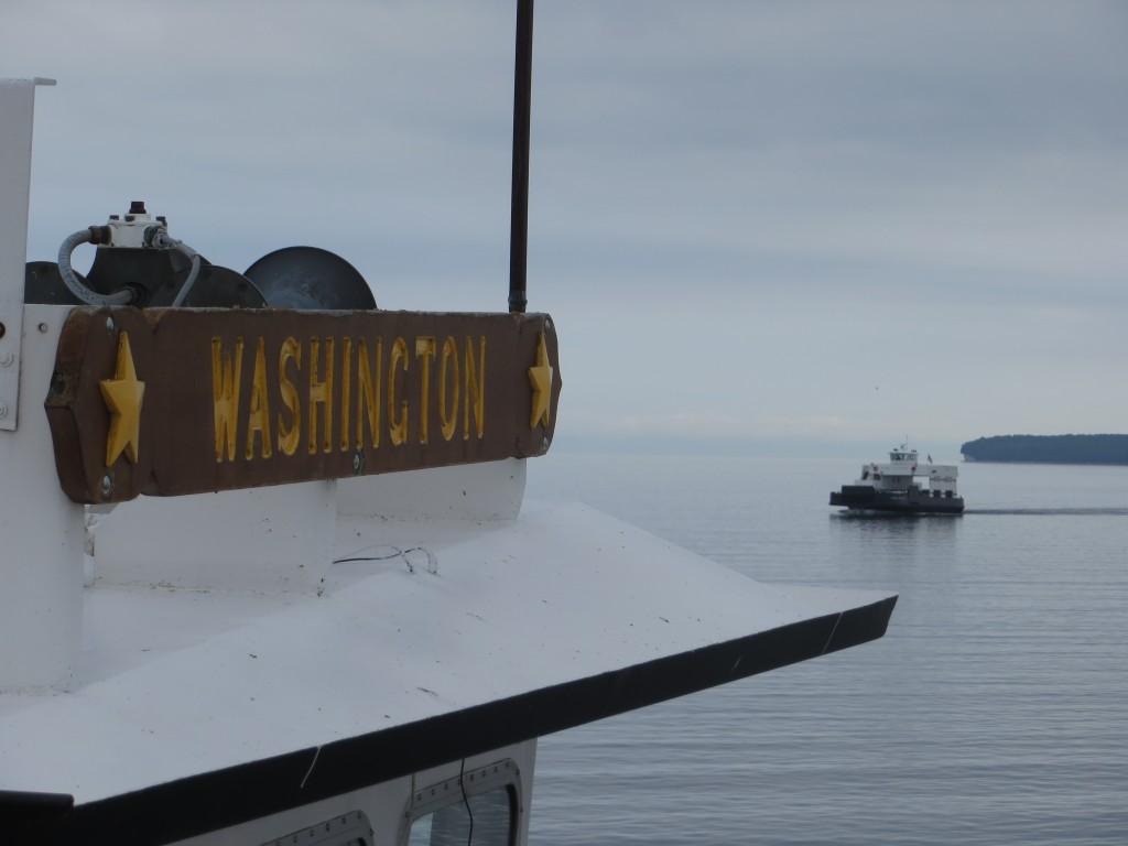 Crossing Death's Door near Plum Island on the way to Rock Island. (Photo: M. Kopp)